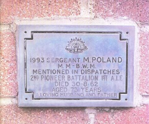 Grave marker for Matthew Poland, stating he was in the 2nd Battalion and died 30th August 1962 age 73