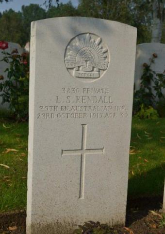 Stanley Kendall's grave. Died 23rd October 1917 age 39