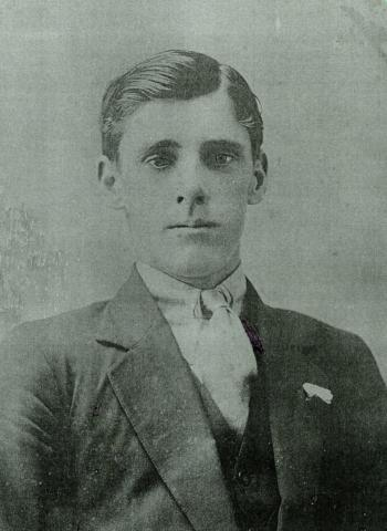 Black and white portrait of Thomas Irwin Jr
